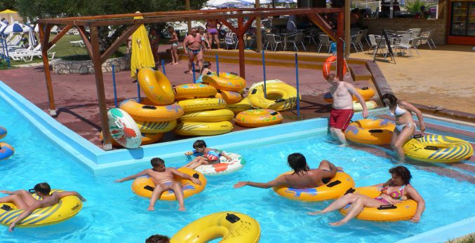 Ways-to-Stay-Safe-the-summer-waves-water-park